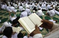 Thousands of Muslims urged to vote amid concerns about Ramadan election