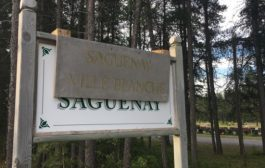 Anti-immigration messages appear in Sherbrooke, Saint-Honoré following Muslim cemetery vote