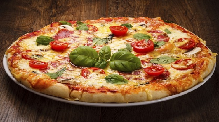 Pizzeria customer pays over $5K for Facebook defamation