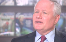 Bill Kristol: Tucker Carlson's show is 'close now to racism'