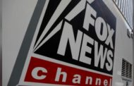 Fox News settles gender discrimination suit with female reporter: lawyer
