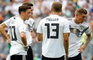 Toni Kroos calls Mesut Özil's claims of racism around Germany team 'nonsense'