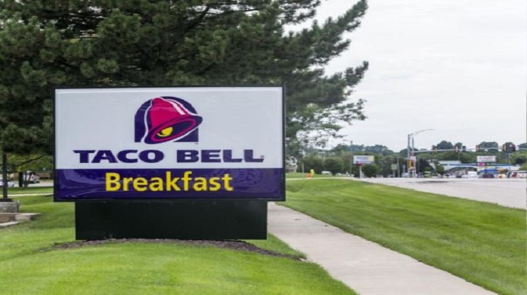 Pregnancy discrimination alleged by former Rockford Taco Bell manager in lawsuit