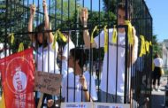 Teens in Cage Protest Trump Immigration Policies Outside UN, Demanding Action From Human Rights Council
