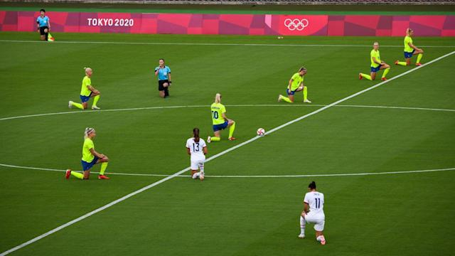 Olympic soccer players take a knee against racism